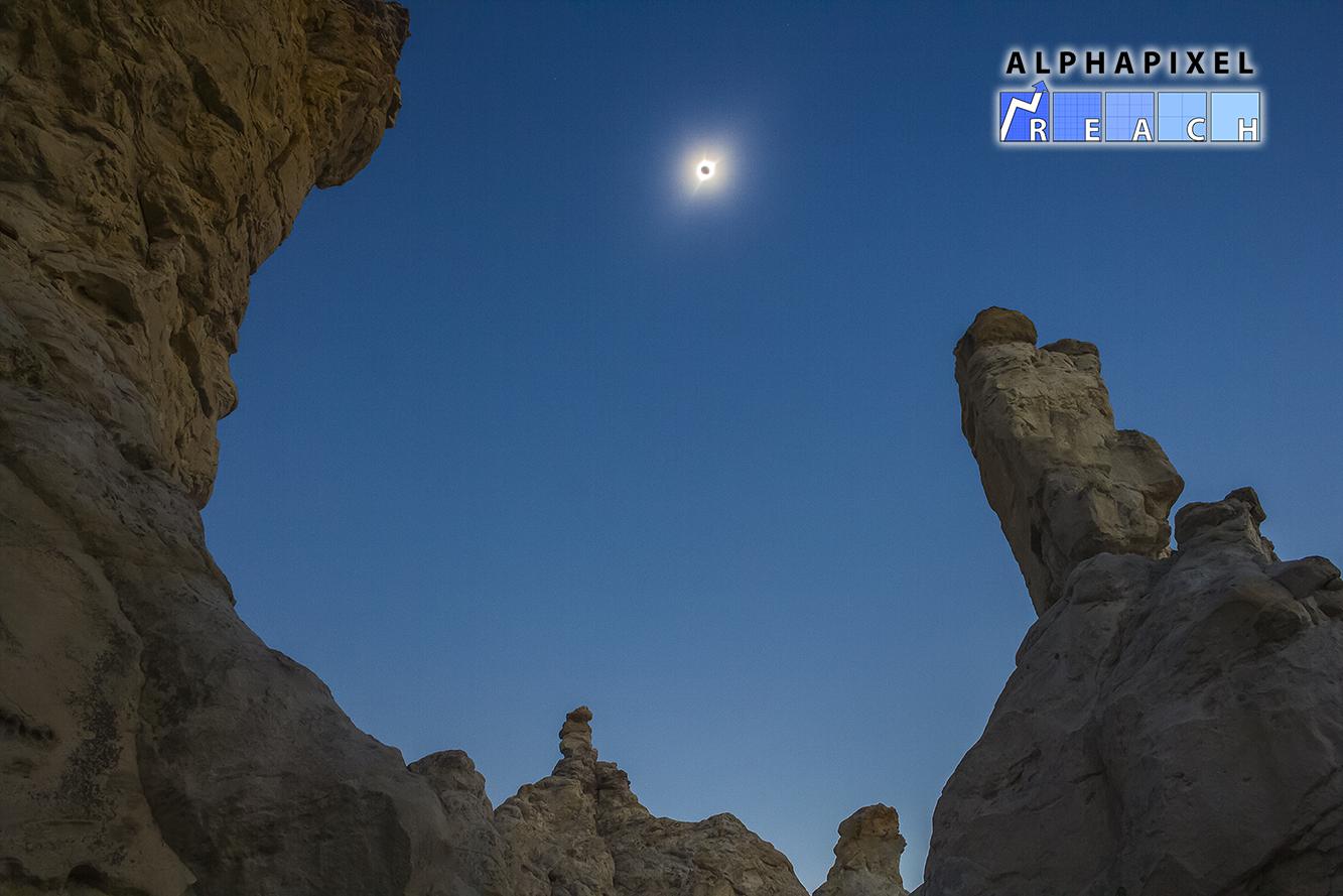 AlphaPixel Reach Social media - Eclipse image